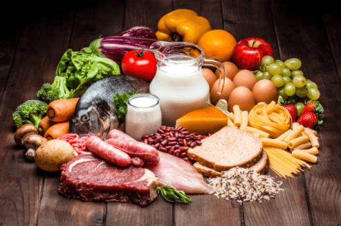 פריטי מזון המשפרים תזונה