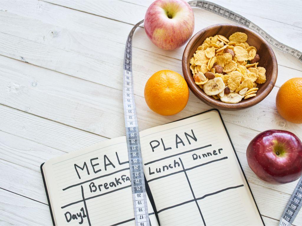 צריך תפריט תזונה נכונה על מנת להגיע לתוצאות בסוף